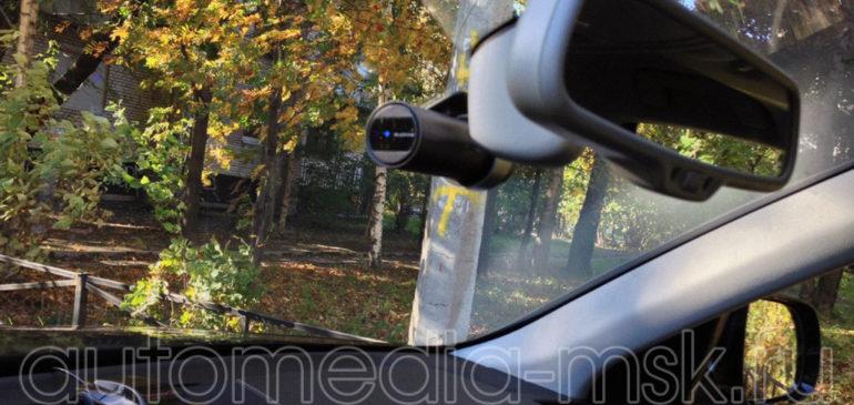 Скрытая установка видеорегистратора на Audi Q5