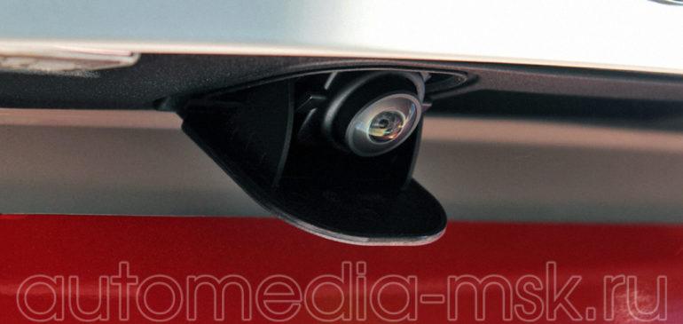 Установка парковочной камеры на Mercedes CLA