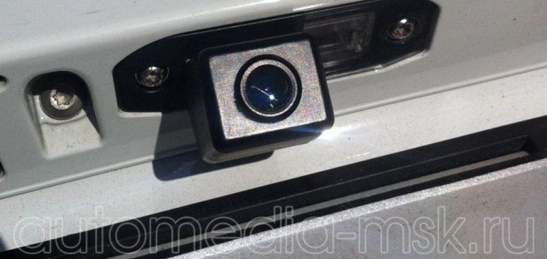 Установка парковочной камеры на Volvo S40