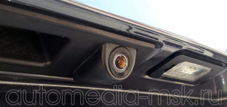 Установка парковочной камеры на BMW 3