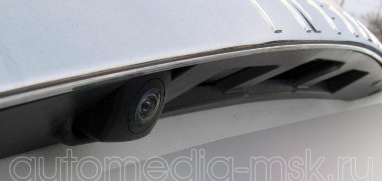 Установка парковочной камеры на Infiniti FX35