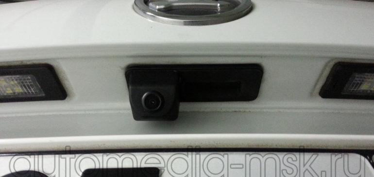 Установка парковочной камеры на Skoda Rapid