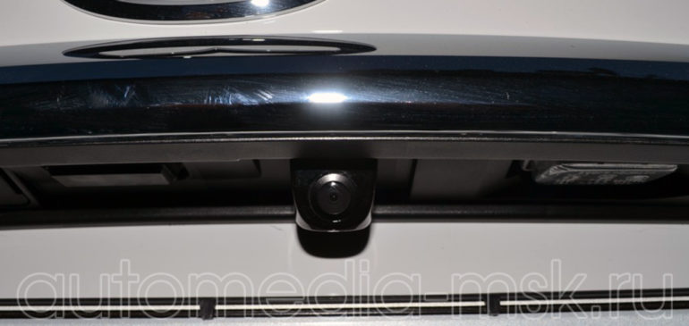 Установка парковочной камеры на Mazda 6
