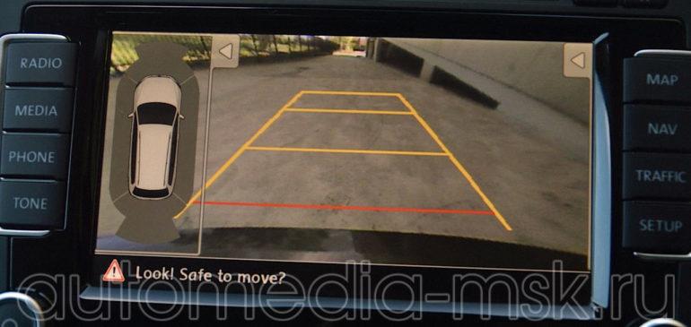 Установка парковочной камеры на Volkswagen Touareg