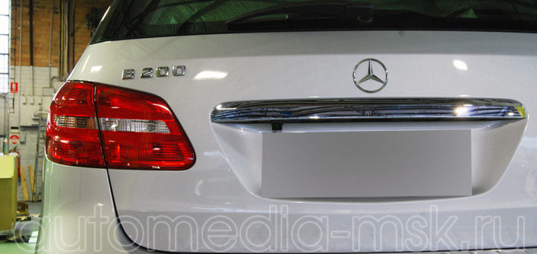 Установка парковочной камеры на Mercedes A-Class и B-Class