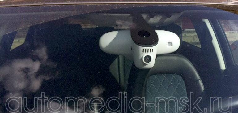 Скрытая установка видеорегистратора на Audi Q3