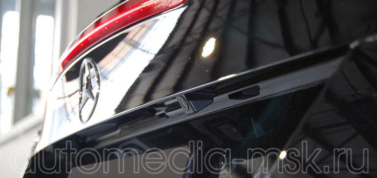 Установка парковочной камеры на Mercedes SL