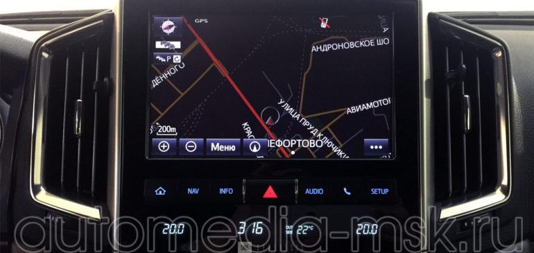 Установка навигации Carmani в Toyota Land Cruiser 200