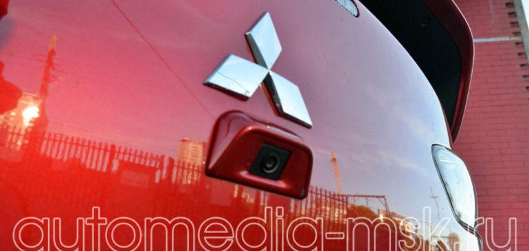 Установка парковочной камеры на Mitsubishi Lancer