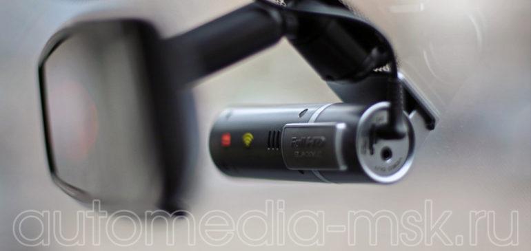 Скрытая установка видеорегистратора на Land rover Discovery sport