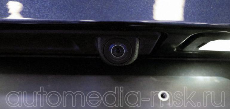 Установка парковочной камеры на BMW 4
