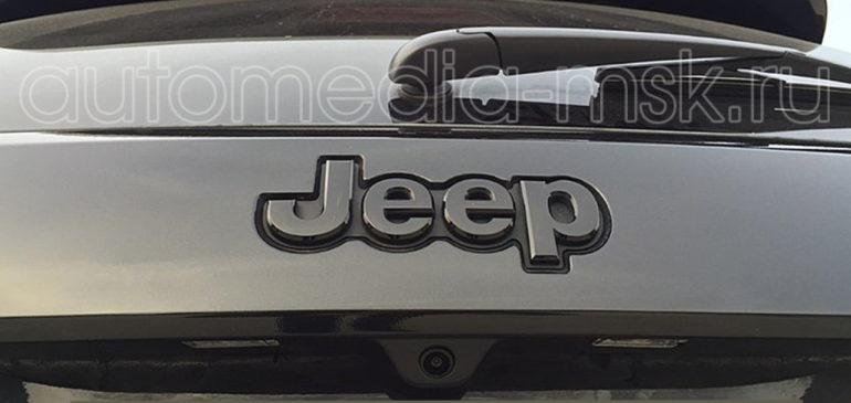 Установка парковочной камеры на Jeep Cherokee