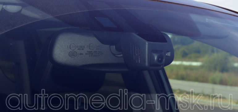 Скрытая установка видеорегистратора на BMW 5