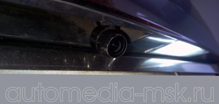 Установка парковочной камеры на Cadillac SRX