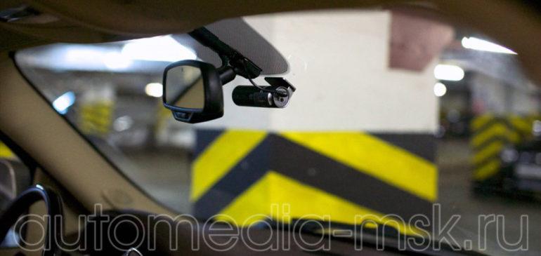 Скрытая установка видеорегистратора на Cadillac CTS