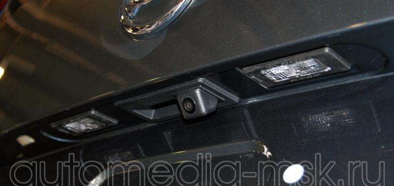 Установка парковочной камеры на Skoda Yeti
