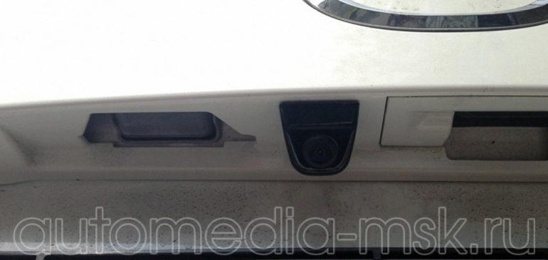 Установка парковочной камеры на Mazda CX5