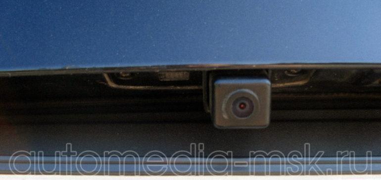 Установка парковочной камеры на Kia Sportage